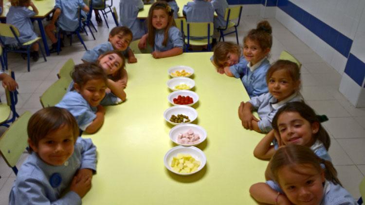 Concurso de ensaladas para los alumnos de 2º de Educación Infantil