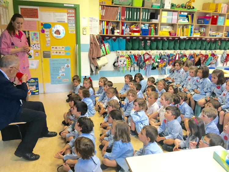 Una tarde de historias y de magia en 1° de Infantil