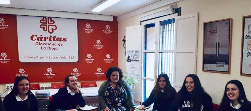 Visita a Cáritas de alumnas de 1º de Bachillerato Excellence