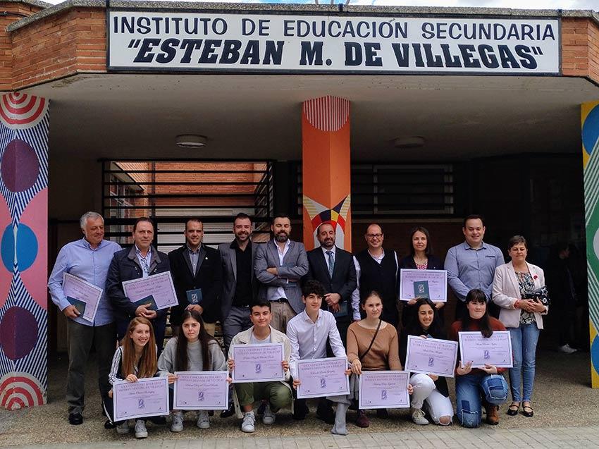Paloma Diez del Corral y María Olivera, 2º y 3º premio en Microrrelatos
